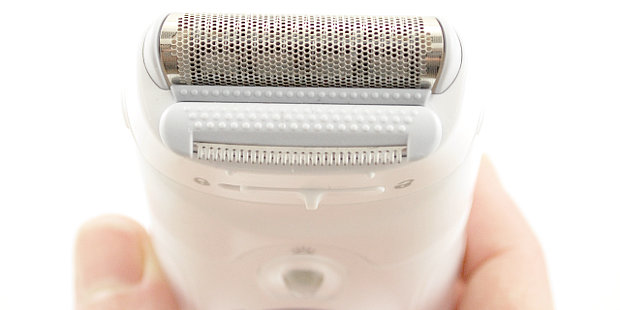 electric razor pros